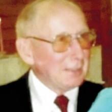 Willard Hollopeter Obituary
